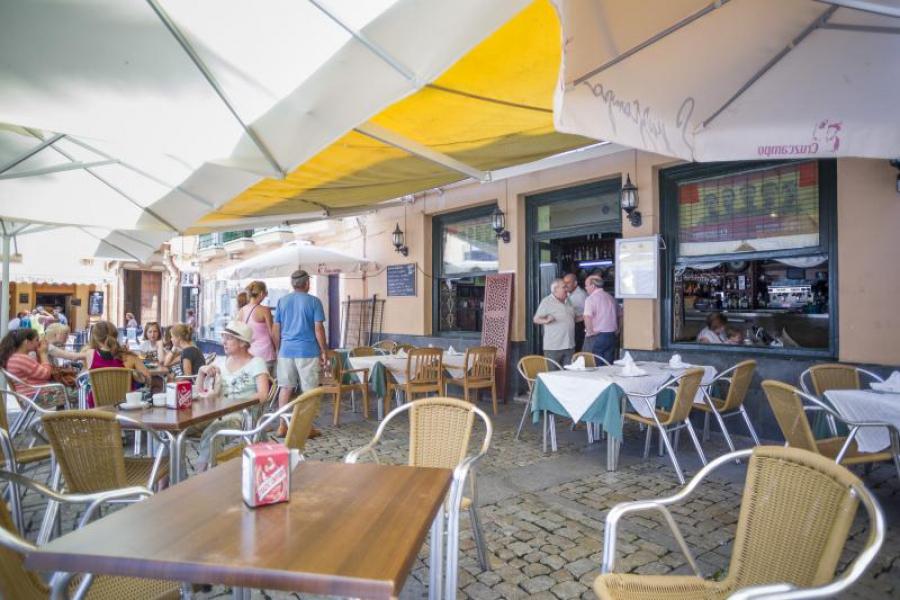 Bar restaurante terraza for Terraza bar